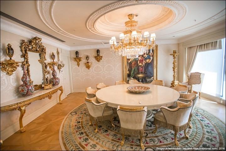 Полмиллиона рублей за номер в отеле (5)