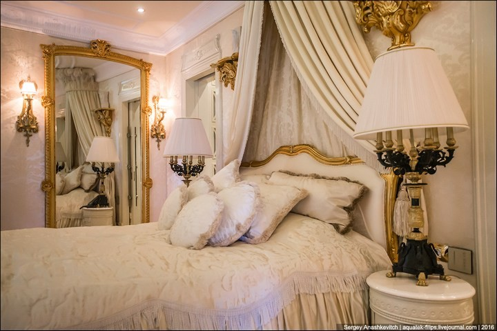 Полмиллиона рублей за номер в отеле (7)