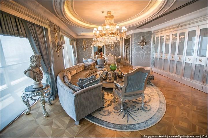 Полмиллиона рублей за номер в отеле (14)