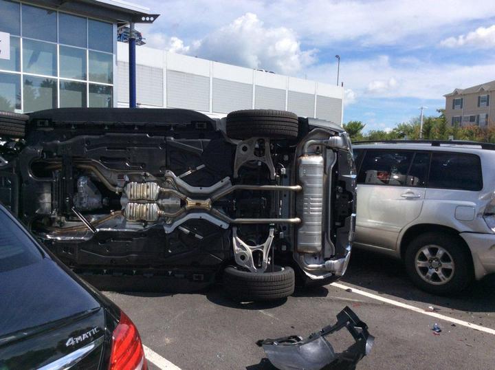 Как разбить новенький Mercedes за одну минуту (5)