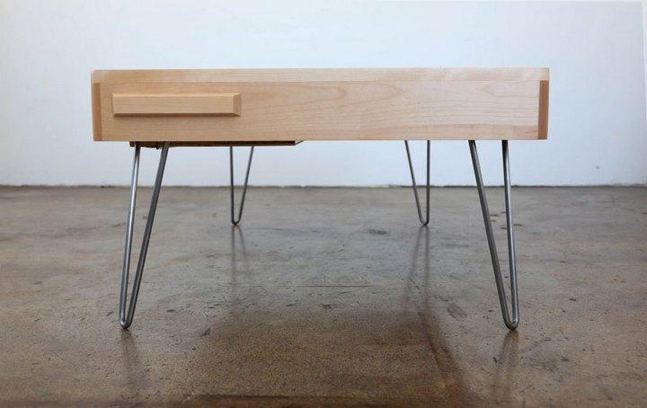 Креативные столы в форме аудиокассет (8)