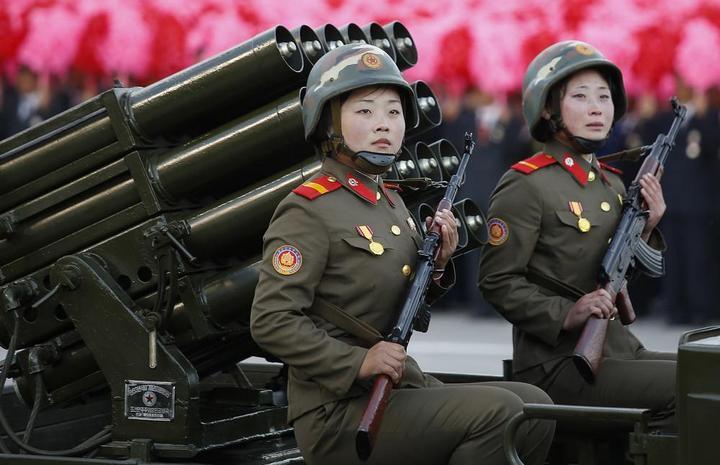 Кадры из повседневной жизни в Северной Корее (17)