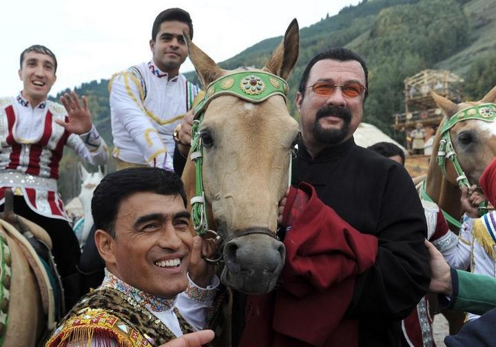 Церемония открытия Всемирных игр кочевников в Кыргызстане (8)