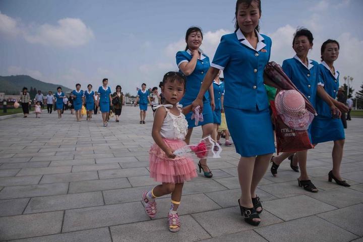 Кадры из повседневной жизни в Северной Корее (2)