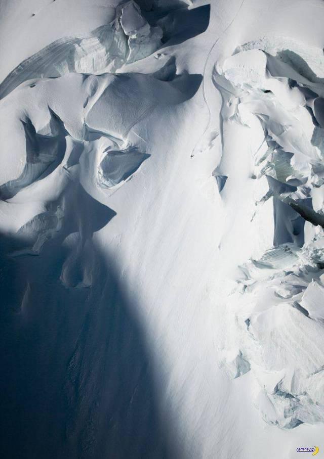 Скоростной спуск на лыжах с отвесной горы (5)
