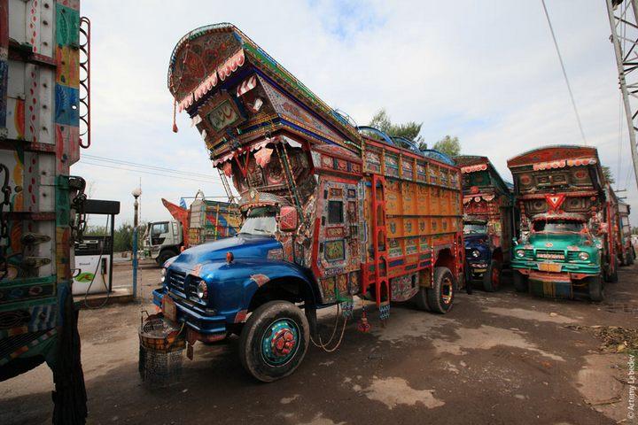 Транспорт в Пакистане, интересные особенности (25)