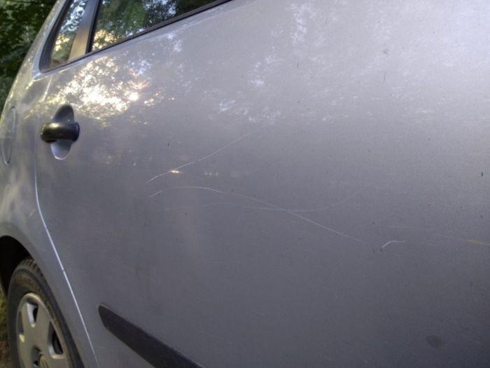 Как поймать того, кто царапает машину (1)