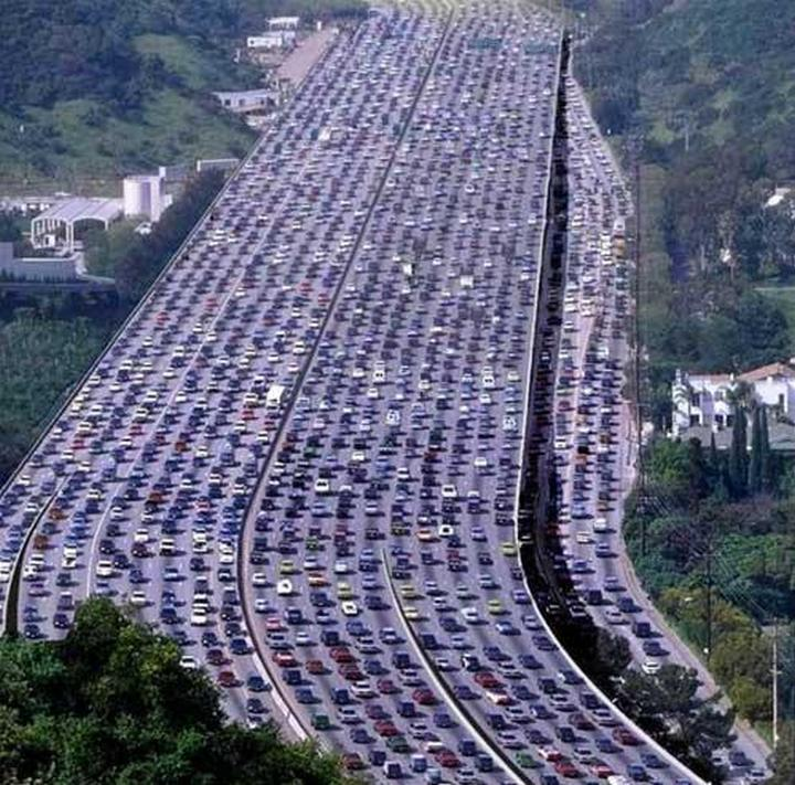 Шесть самых больших автомобильных пробок в истории (7)