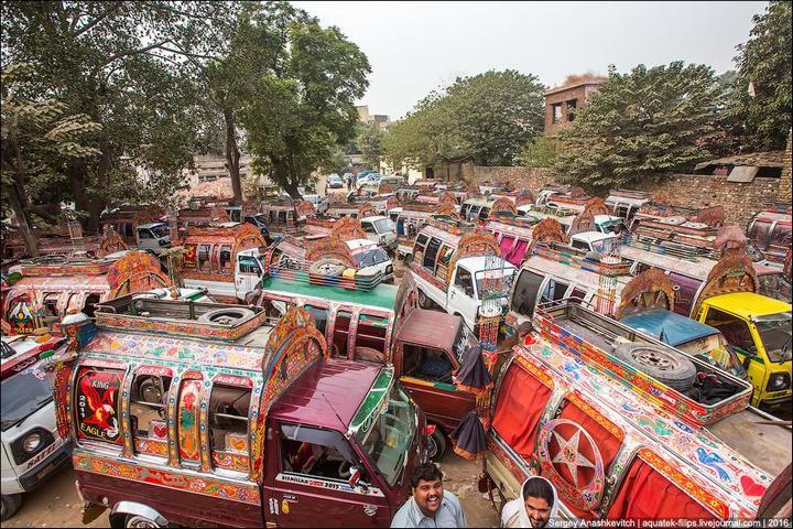 Пакистанские маршрутки (2)