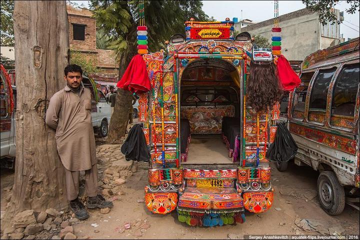 Пакистанские маршрутки (7)