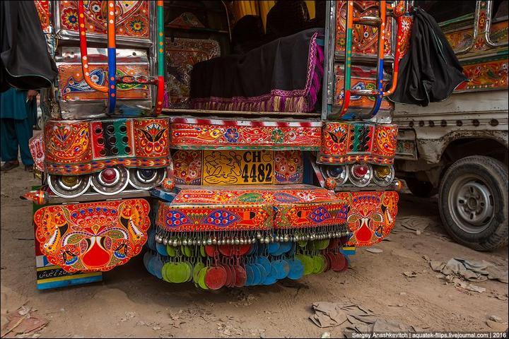 Пакистанские маршрутки (13)