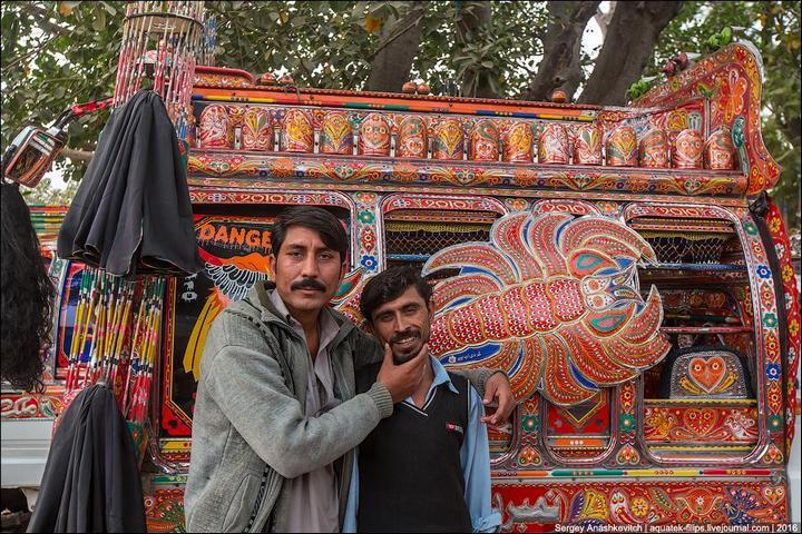 Пакистанские маршрутки (19)