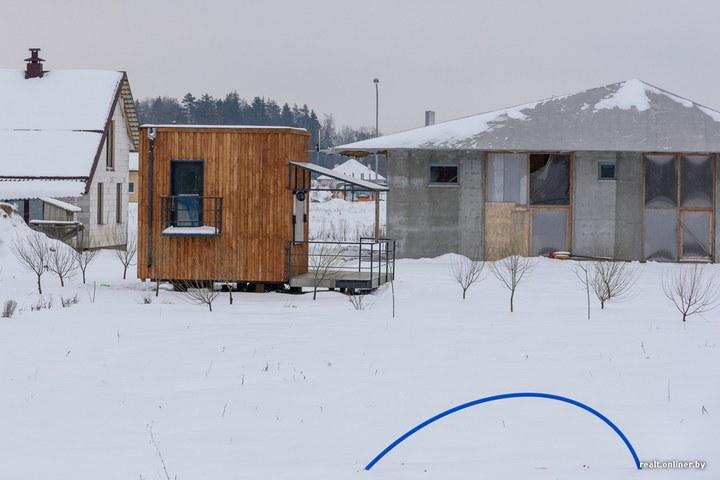 Втроем на 16 квадратных метрах. Семья живет в микродоме под Минском (3)