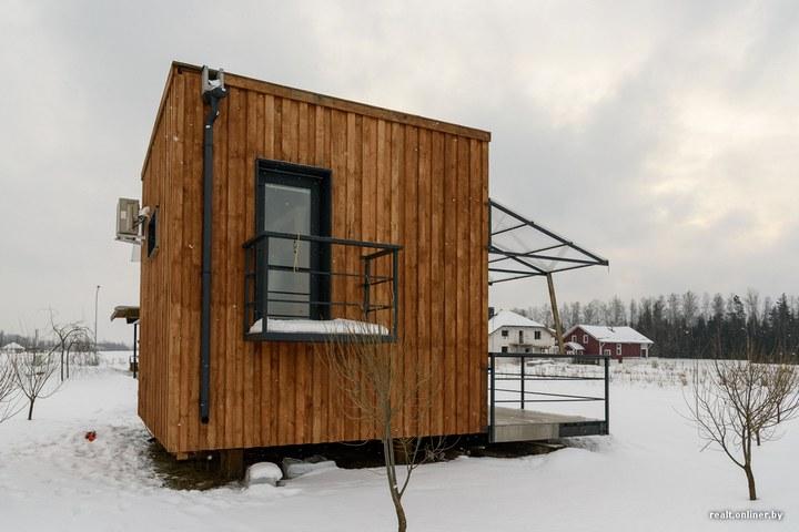Втроем на 16 квадратных метрах. Семья живет в микродоме под Минском (25)