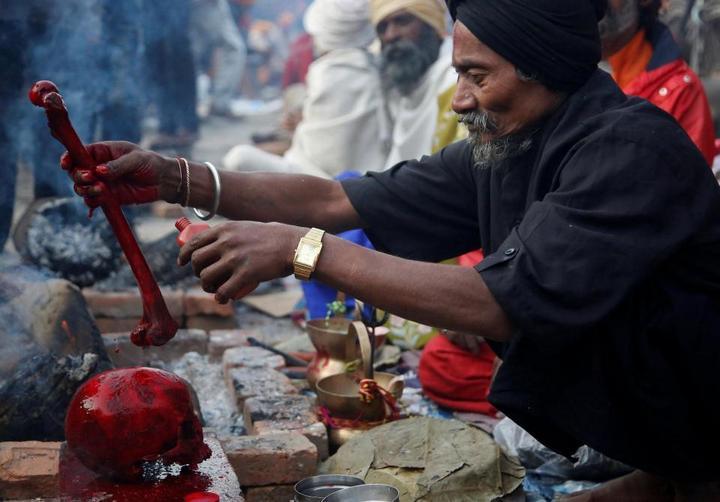 Колоритные портреты индуистских паломников (9)