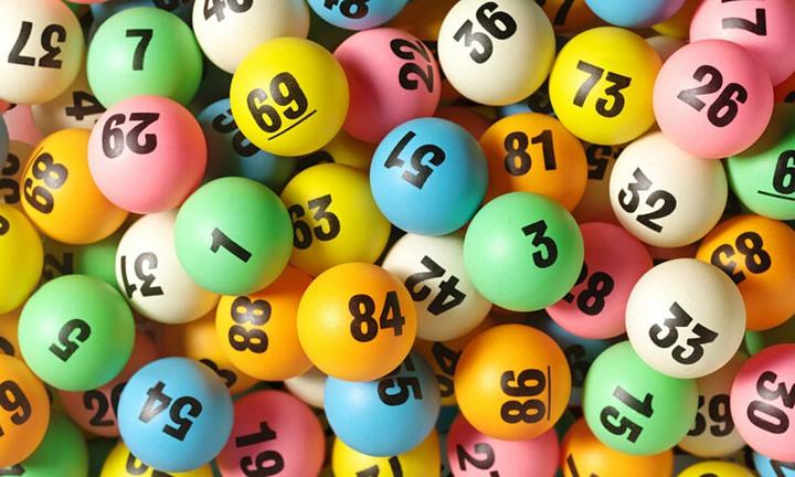 Насколько выгодно участвовать в лотерее? (3)
