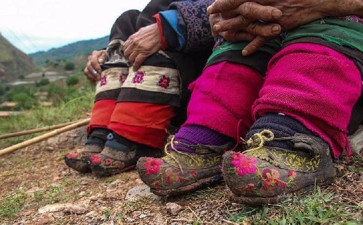 Последние китаянки пережившие бинтование ног (2)