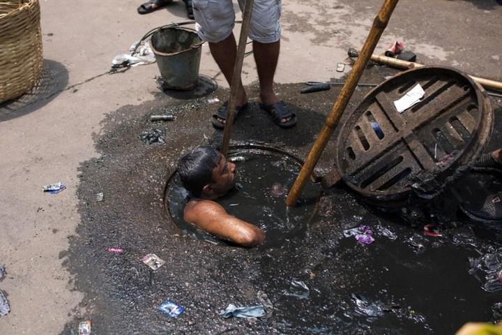 Самая грязная работа: очиститель канализационных систем (5)
