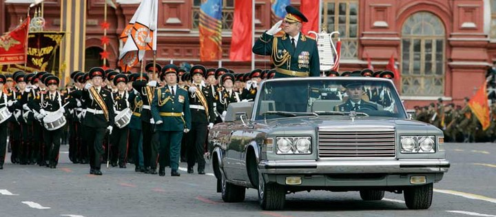 Парадный кабриолет ЗИЛ-41041 АМГ… (32 фото)