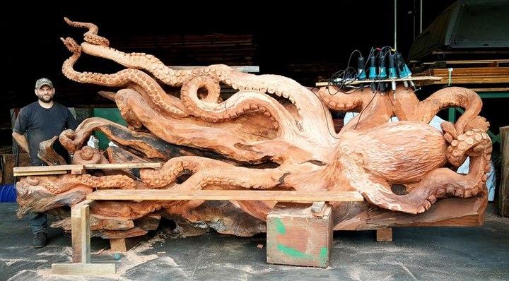 Превращение корня дерева в гигантского осьминога (9)