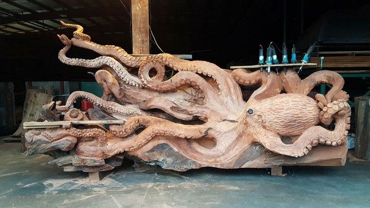Превращение корня дерева в гигантского осьминога (10)