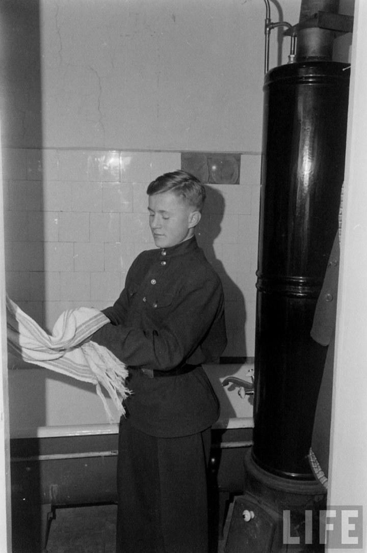 Жизнь рабочего в СССР 50-х (12)
