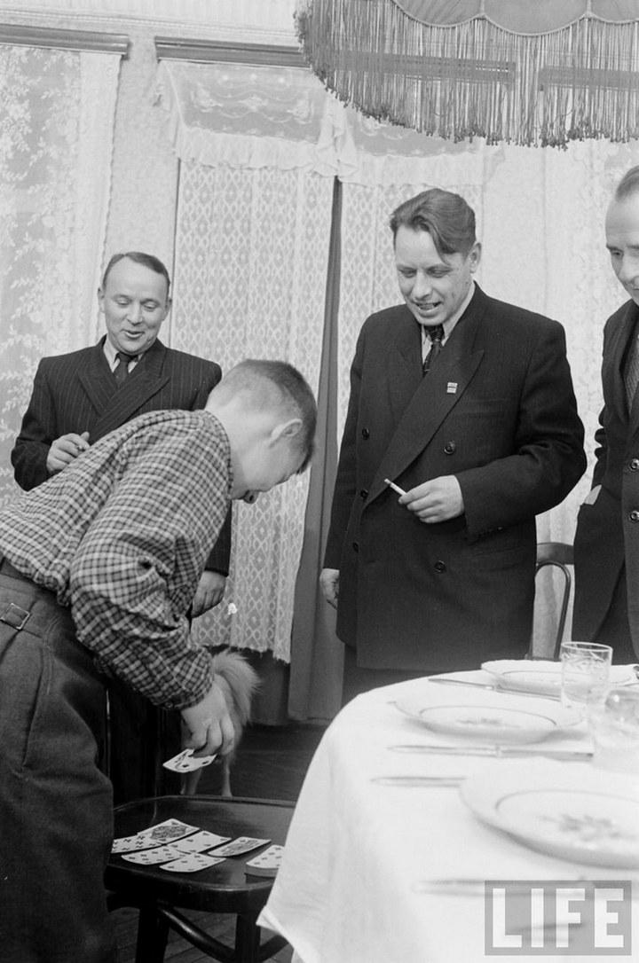 Жизнь рабочего в СССР 50-х (46)
