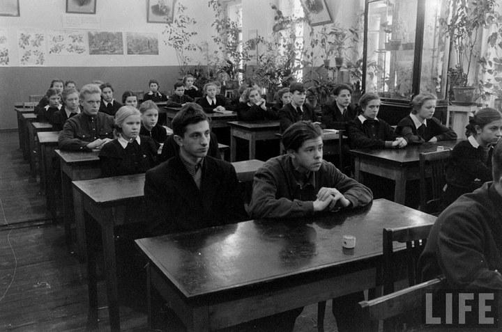 Жизнь рабочего в СССР 50-х (50)