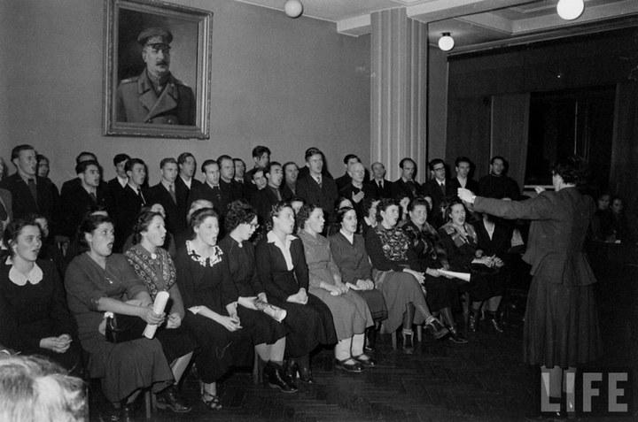 Жизнь рабочего в СССР 50-х (9)