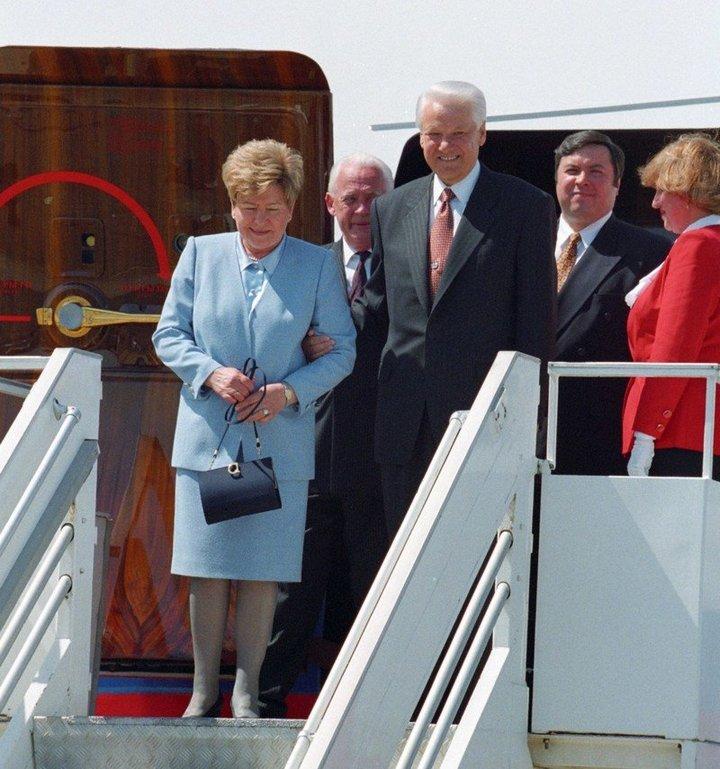 От Хрущевой до Путиной: как выглядели Первые Леди нашей страны (26)