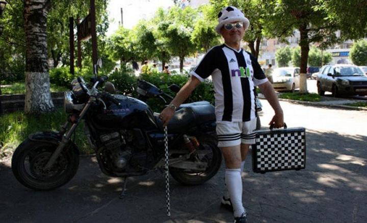 Пенсионер-стиляга из Кирова (14)