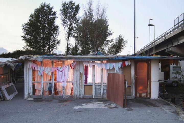 Цыганские жилища на окраинах Неаполя (12)