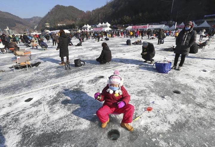 Соревнования по ловле форели в Южной Корее (3)