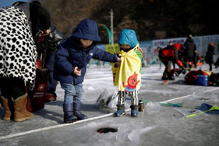Соревнования по ловле форели в Южной Корее (6)
