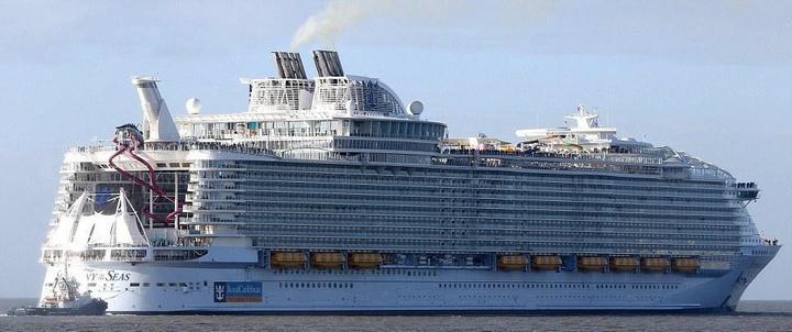 Самый большой круизный лайнер стоимостью один миллиард евро (1)