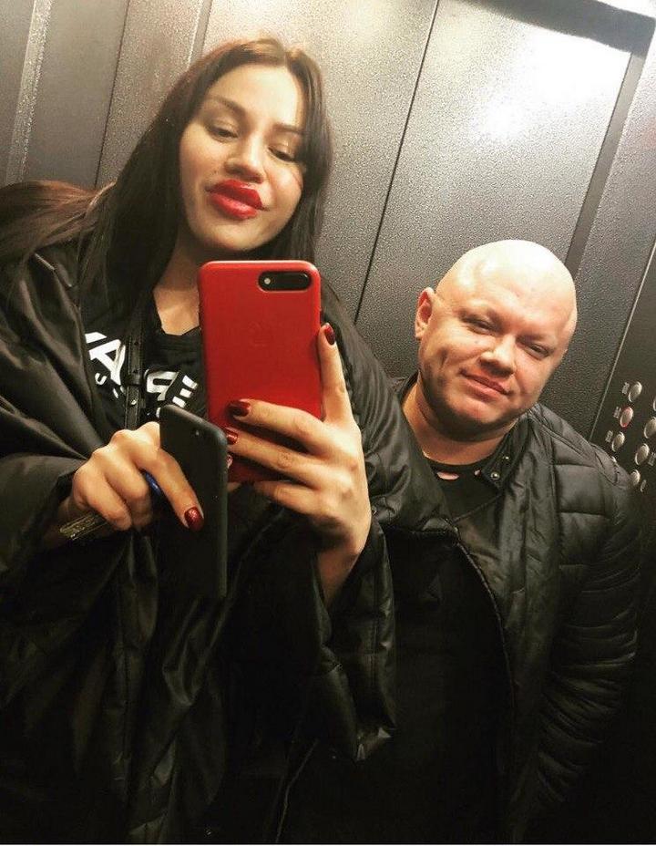 Анна Тураева и ее девушка (3)