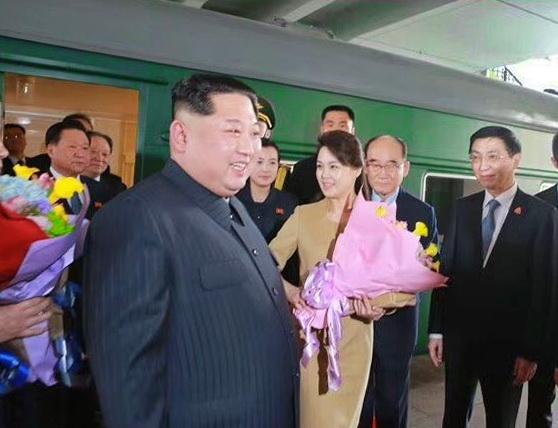 Ким Чен Ын (1)
