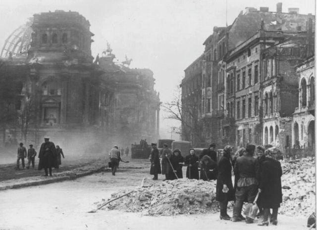 Уникальные снимки Второй Мировой Войны (11)