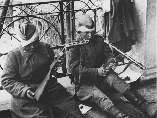 Уникальные снимки Второй Мировой Войны (17)