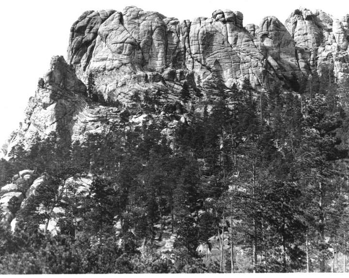 Как строили национальный мемориал гора Рашмор (1)