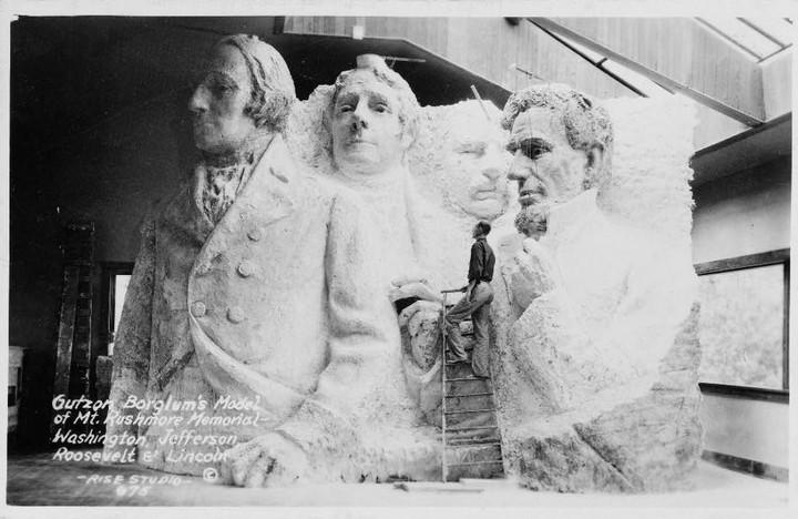 Как строили национальный мемориал гора Рашмор (12)