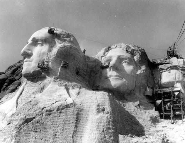Как строили национальный мемориал гора Рашмор (16)
