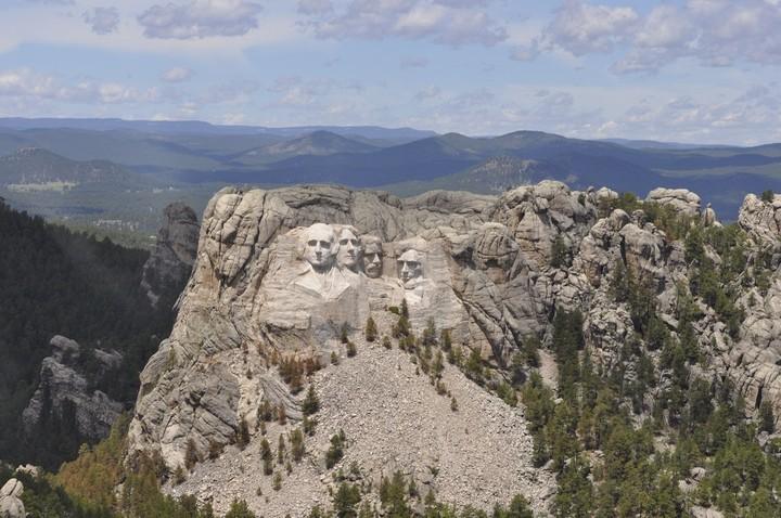 Как строили национальный мемориал гора Рашмор (22)