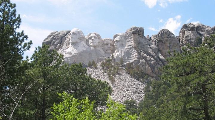 Как строили национальный мемориал гора Рашмор (24)