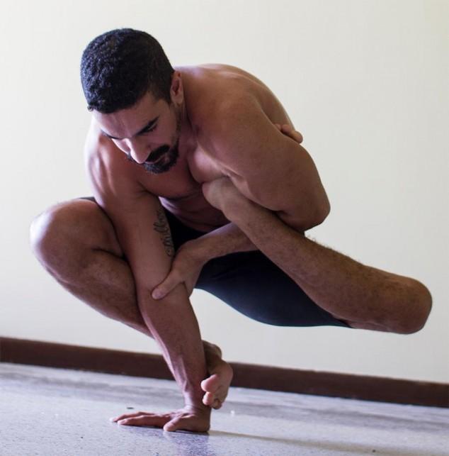 Невероятные позы танцора RubberLegz (13)