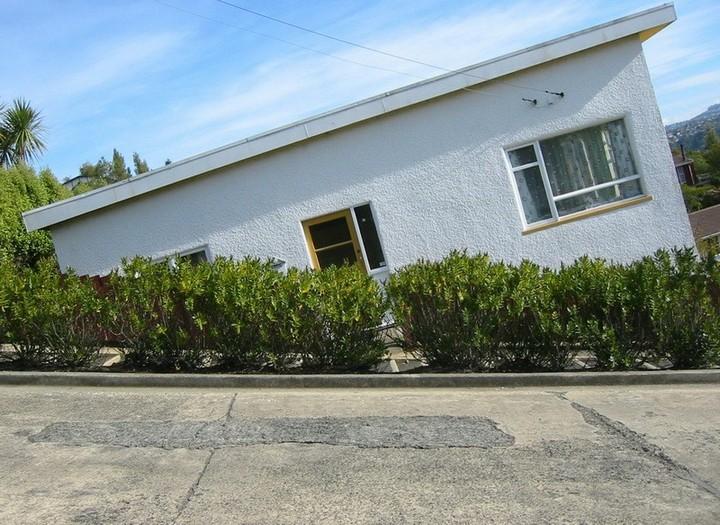 самая крутая улица занесенная в Книгу рекордов Гиннеса, улица на крутом склоне. Самая крутая улица Baldwin Street в Новой Зеландии (11)