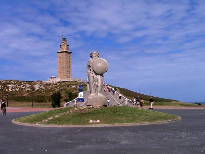 самый древний и старый маяк в мире (8)