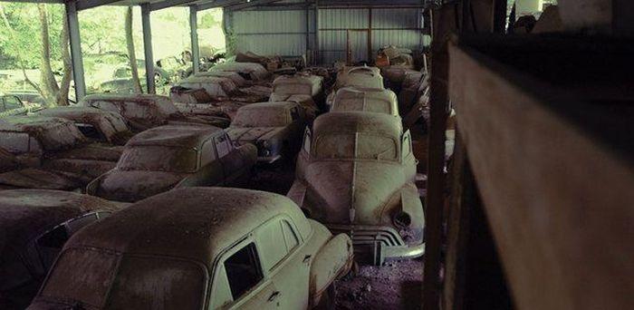 Брошенные дорогие автомобили в Дубае, редкие автомобили (49)