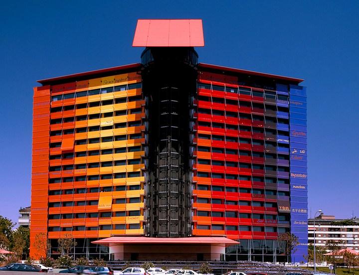 Hotel Puerta América необычный отель в Испании (1)