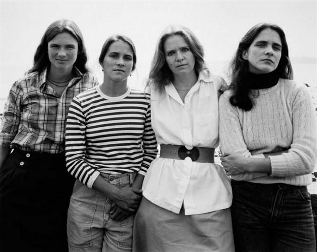 каждый год по фото, как стареют люди, четыре сестры (5)